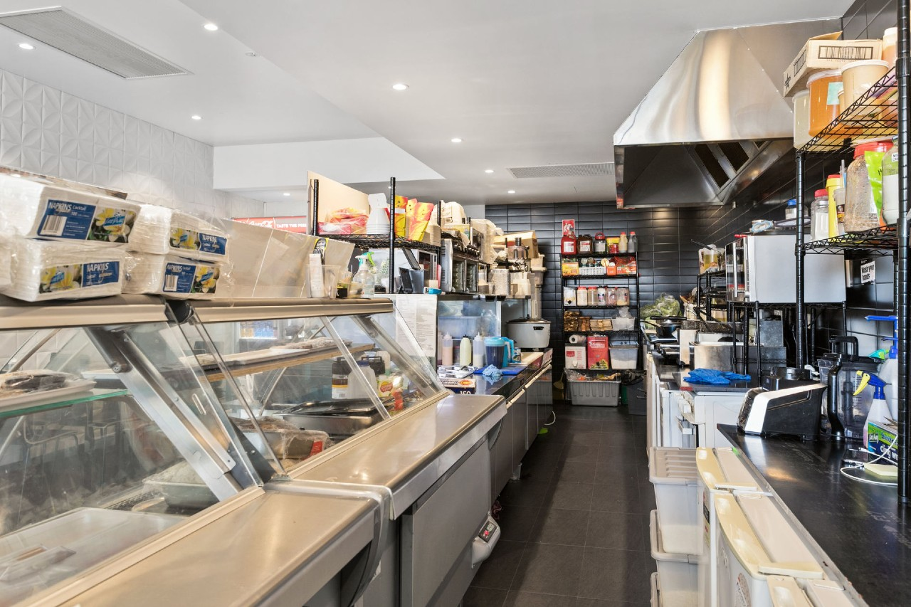 Parmis and Burgers | Alldin Commercial Fit outs
