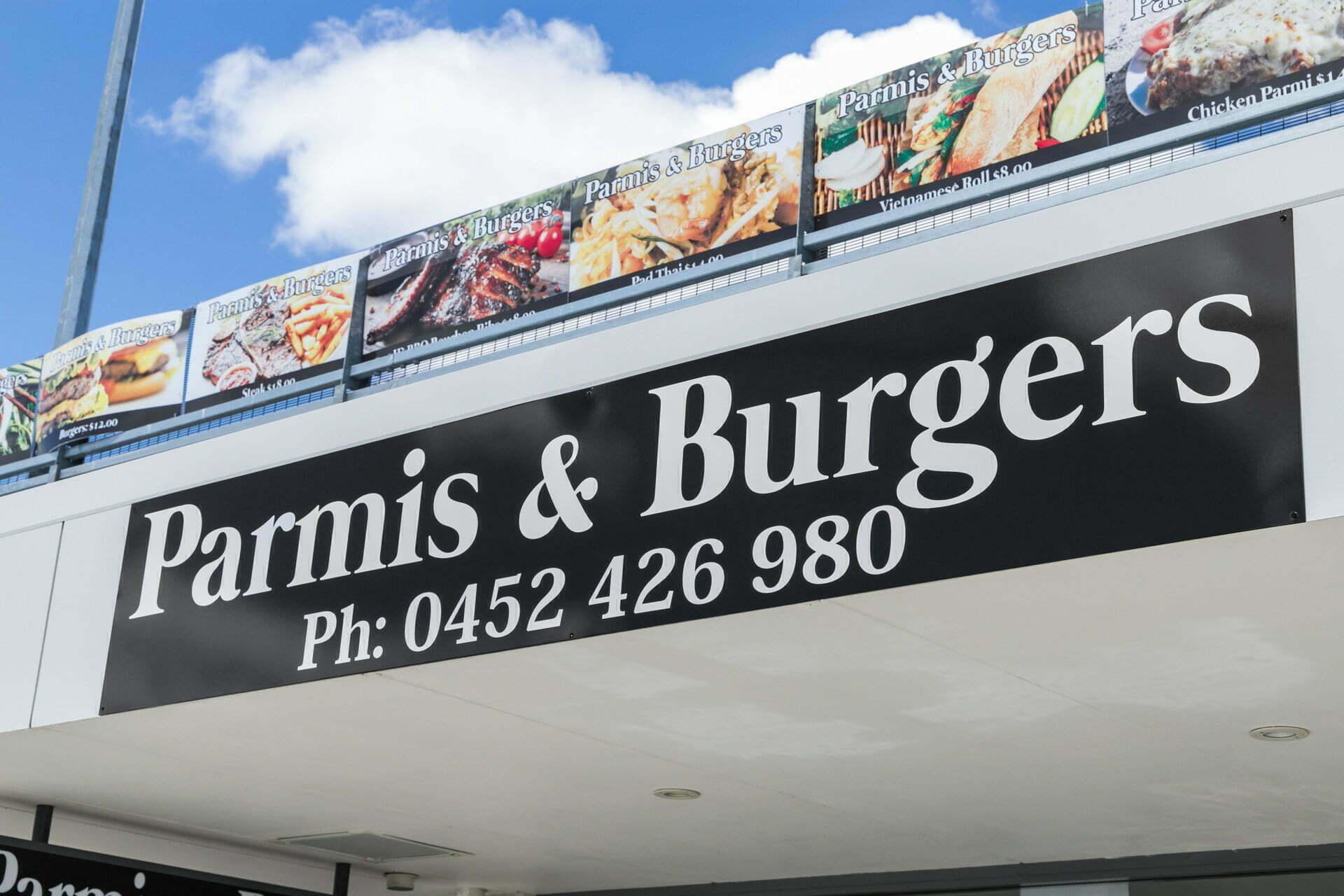 WEB Parmis and Burgers 16